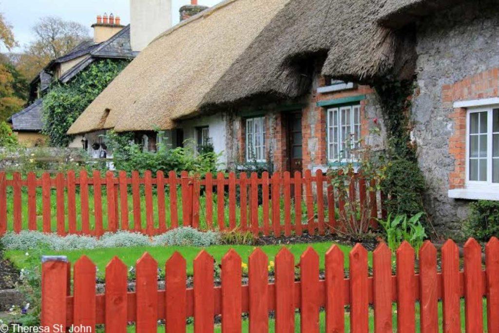 ireland thatch cottages