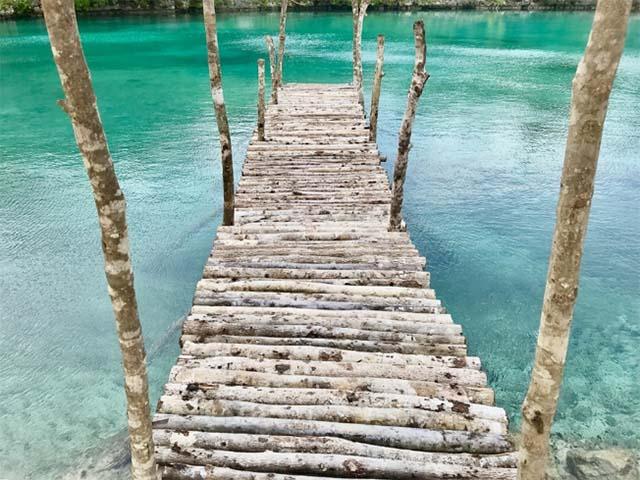 cozumel mexico bridge shot with a camera phone