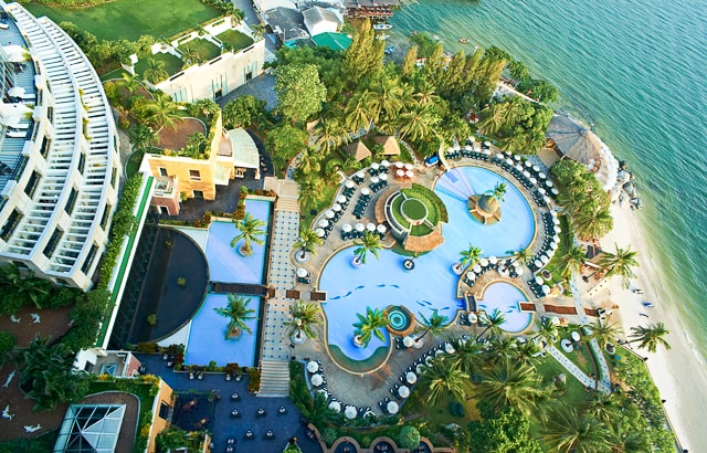 Hilton Hua Hin Resort Pool