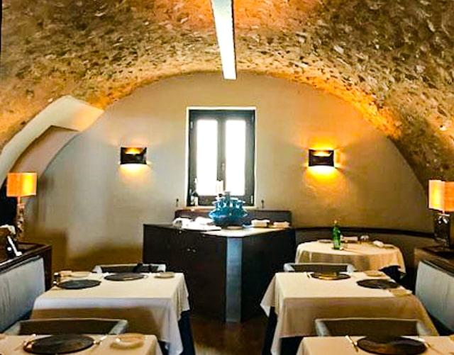 Amalfi Coast luxury hotel dining