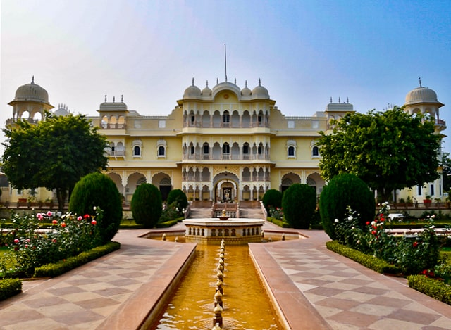 Nahargarh Palace Hotel fountains