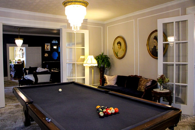 Laurentide pool table BY ST JOHN