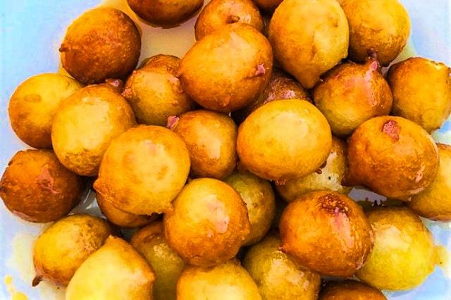 Luqaimat - deep-fried balls of pastry